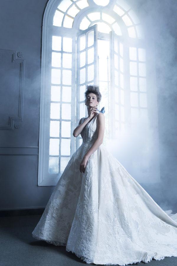 httpsapi.esposacouture.comcontentuploadsCampaignYancy-Esposacouture-2020-Bridal-Wedding-Dress-1
