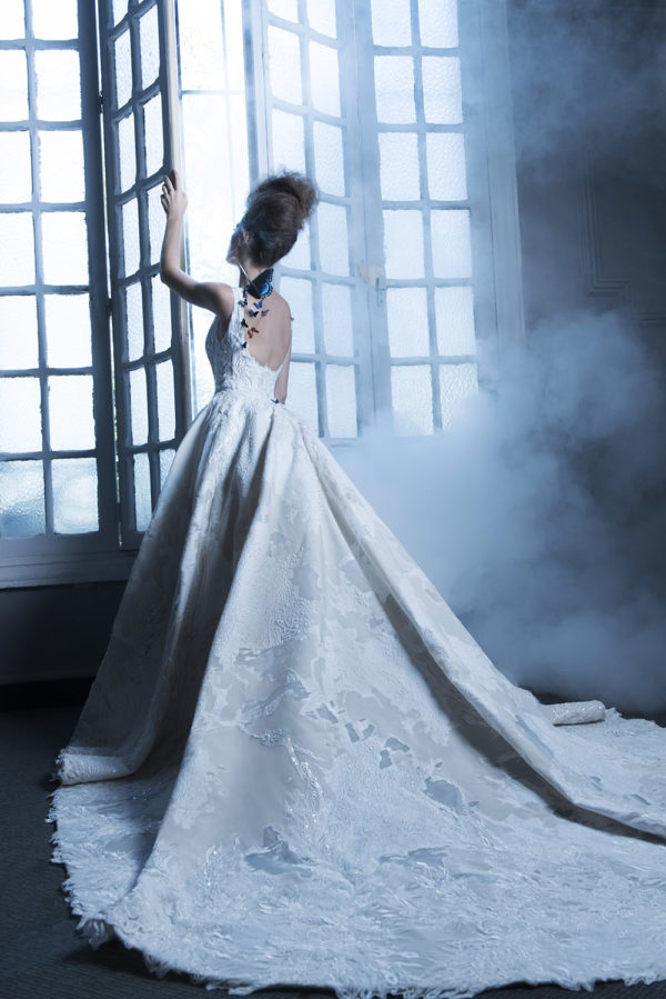 httpsapi.esposacouture.comcontentuploadsCampaignYancy-Esposacouture-2020-Bridal-Wedding-Dress-2
