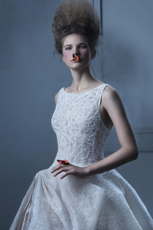 httpsapi.esposacouture.comcontentuploadsCampaignYarine-Esposacouture-2020-Bridal-Wedding-Dress-1