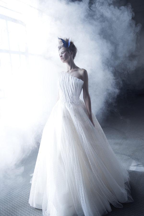 httpsapi.esposacouture.comcontentuploadsCampaignYniya-Esposacouture-2020-Bridal-Wedding-Dress-1
