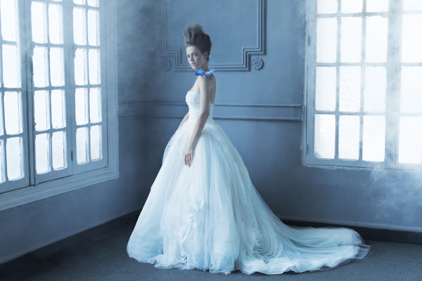 httpsapi.esposacouture.comcontentuploadsCampaignYoory-Esposacouture-2020-Bridal-Wedding-Dress-1