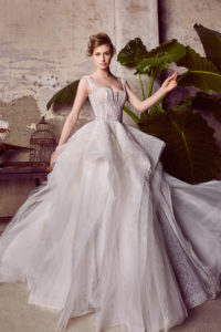 httpsapi.esposacouture.comcontentuploadsCollectionPicture312Ballgown-Wedding-Dress-EsposaCouture-Liana-1