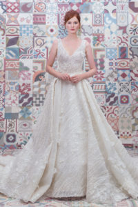 httpsapi.esposacouture.comcontentuploadsCollectionPicture583Ball-Gown-Wedding-Dress-Plume-by-Esposa-Esthera-1
