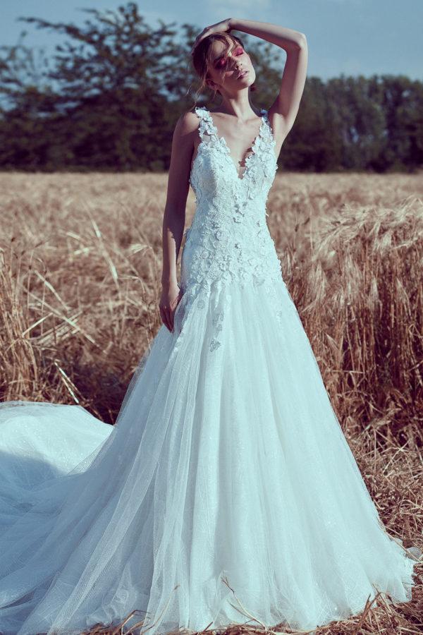 httpsapi.esposacouture.comcontentuploadsCollectionPicture662A-Line-Wedding-Dress-Plume-by-Esposa-Eva-1