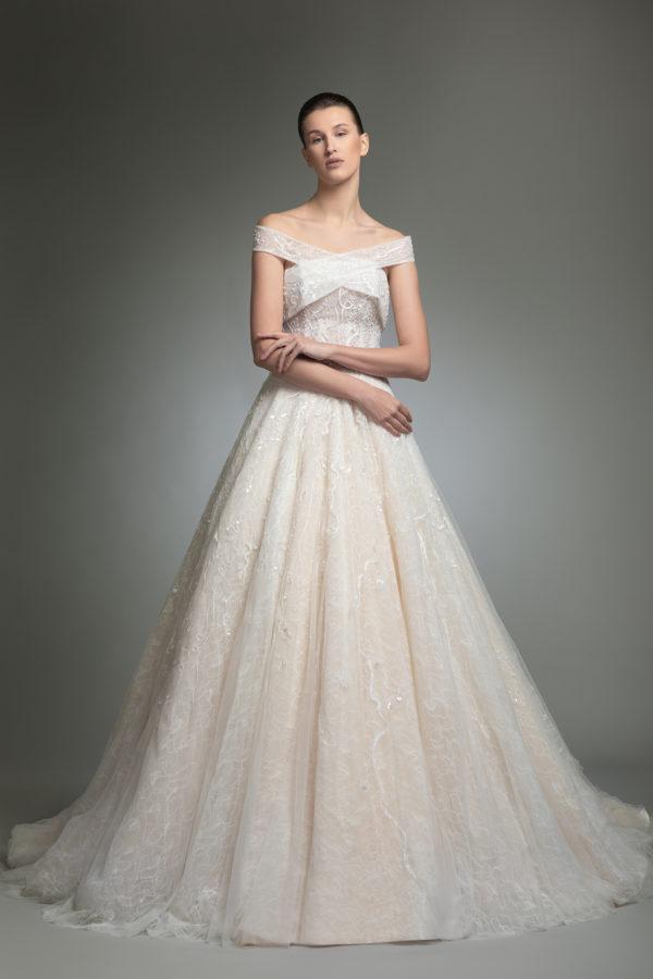 httpsapi.esposacouture.comcontentuploadsCollectionPicture708Yoanna-esposacouture-Kristie-romanos-Wedding-1