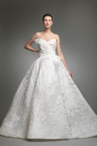httpsapi.esposacouture.comcontentuploadsCollectionPicture754Yameen-esposacouture-Kristie-romanos-Wedding-1