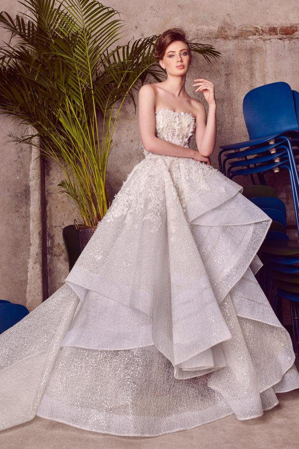 httpsapi.esposacouture.comcontentuploadsCollectionPicture800Ballgown-Wedding-Dress-EsposaCouture-Lola-1