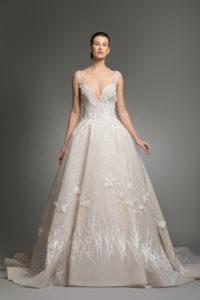 httpsapi.esposacouture.comcontentuploadsCollectionPicture953Yvanna-esposacouture-Kristie-romanos-Wedding-1