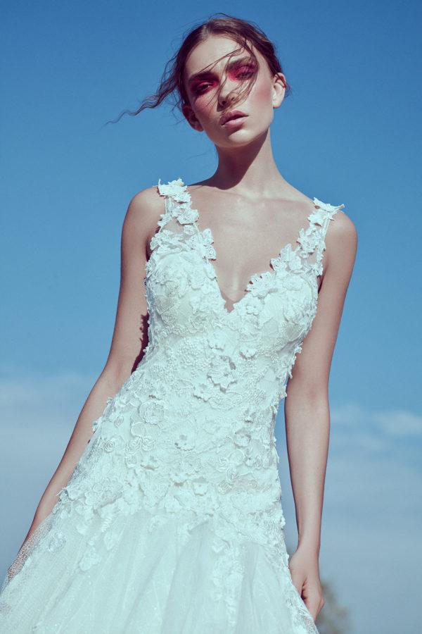 httpsapi.esposacouture.comcontentuploadsCollectionPictureA-Line-Wedding-Dress-Plume-by-Esposa-Eva-2