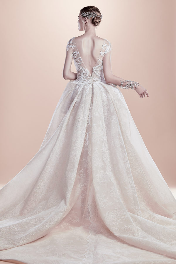 httpsapi.esposacouture.comcontentuploadsCollectionPictureBall-Gown-Wedding-Dress-EsposaCouture-Rabia-2