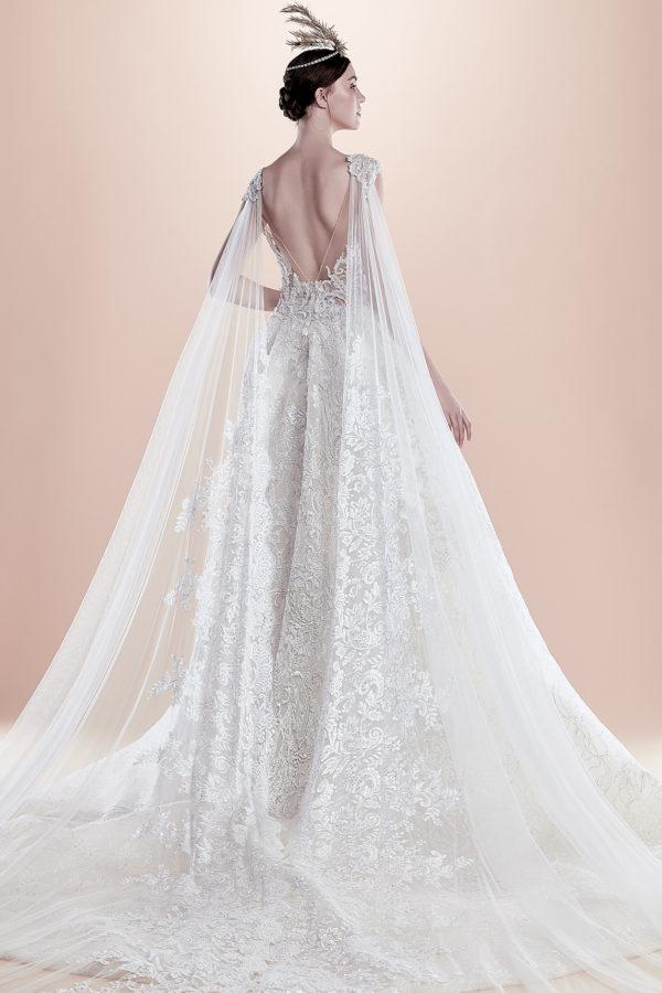 httpsapi.esposacouture.comcontentuploadsCollectionPictureBall-Gown-Wedding-Dress-EsposaCouture-Ravana-2