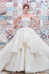httpsapi.esposacouture.comcontentuploadsCollectionPictureBall-Gown-Wedding-Dress-Plume-by-Esposa-Elicanta-1