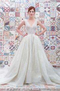 httpsapi.esposacouture.comcontentuploadsCollectionPictureBall-Gown-Wedding-Dress-Plume-by-Esposa-Erican-1