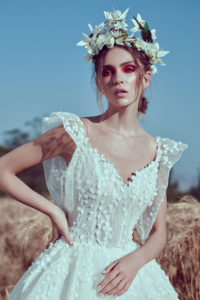 httpsapi.esposacouture.comcontentuploadsCollectionPictureBall-Gown-Wedding-Dress-Plume-by-Esposa-Oelle-2