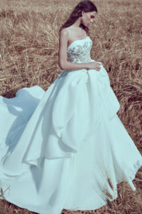httpsapi.esposacouture.comcontentuploadsCollectionPictureBall-Gown-Wedding-Dress-Plume-by-Esposa-Opus-1