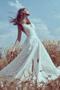 httpsapi.esposacouture.comcontentuploadsCollectionPictureBall-Gown-Wedding-Dress-Plume-by-Esposa-Oslo