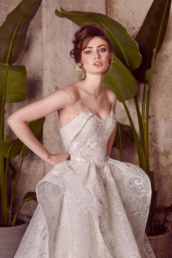 httpsapi.esposacouture.comcontentuploadsCollectionPictureBallgown-Wedding-Dress-EsposaCouture-Lavania-2