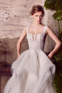 httpsapi.esposacouture.comcontentuploadsCollectionPictureBallgown-Wedding-Dress-EsposaCouture-Liana-2