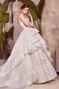 httpsapi.esposacouture.comcontentuploadsCollectionPictureBallgown-Wedding-Dress-EsposaCouture-Lolika-1-1