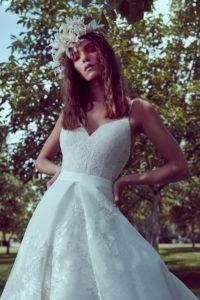 httpsapi.esposacouture.comcontentuploadsCollectionPictureMermaid-Wedding-Dress-Plume-by-Esposa-Oliva-2