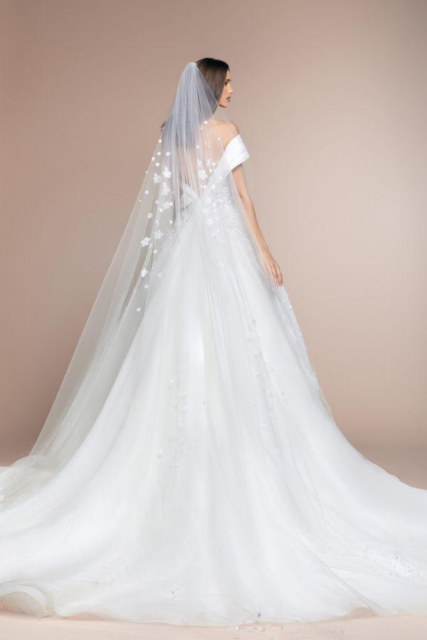 httpsapi.esposacouture.comcontentuploadsCollectionPicturePablo-Plume-by-Esposa-Wedding3