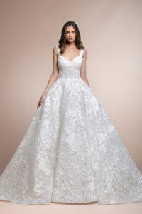 httpsapi.esposacouture.comcontentuploadsCollectionPicturePatees-Plume-by-Esposa-Wedding1