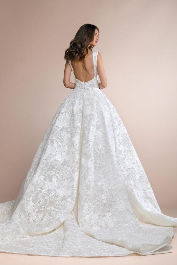httpsapi.esposacouture.comcontentuploadsCollectionPicturePatees-Plume-by-Esposa-Wedding3
