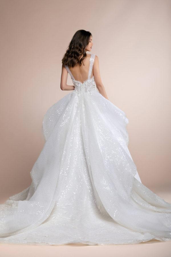 httpsapi.esposacouture.comcontentuploadsCollectionPicturePaxima-Plume-by-Esposa-Wedding2