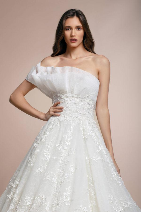 httpsapi.esposacouture.comcontentuploadsCollectionPicturePisiria-Plume-by-Esposa-Wedding2