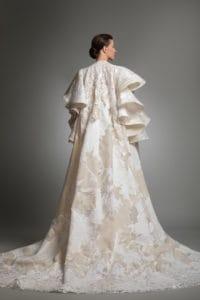 httpsapi.esposacouture.comcontentuploadsCollectionPictureYardley-esposacouture-Kristie-romanos-Wedding-4