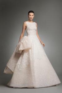 httpsapi.esposacouture.comcontentuploadsCollectionPictureYarine-esposacouture-Kristie-romanos-Wedding-1