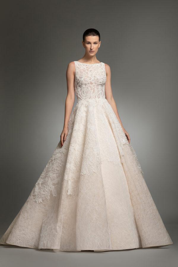 httpsapi.esposacouture.comcontentuploadsCollectionPictureYarine-esposacouture-Kristie-romanos-Wedding-3