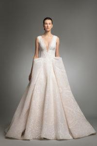 httpsapi.esposacouture.comcontentuploadsCollectionPictureYendy-esposacouture-Kristie-romanos-Wedding-1