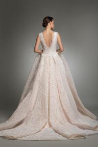 httpsapi.esposacouture.comcontentuploadsCollectionPictureYendy-esposacouture-Kristie-romanos-Wedding-2