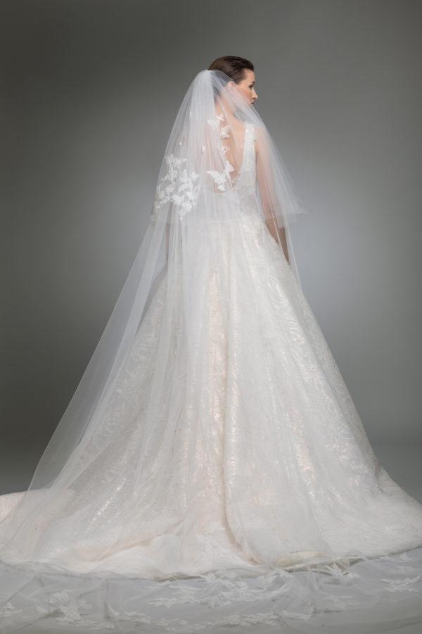 httpsapi.esposacouture.comcontentuploadsCollectionPictureYerevan-esposacouture-Kristie-romanos-Wedding-5