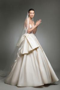 httpsapi.esposacouture.comcontentuploadsCollectionPictureYlay-esposacouture-Kristie-romanos-Wedding-3