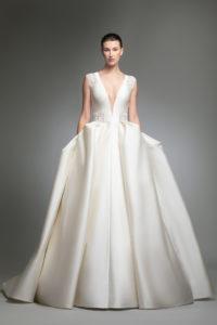 httpsapi.esposacouture.comcontentuploadsCollectionPictureYohny-esposacouture-Kristie-romanos-Wedding-1