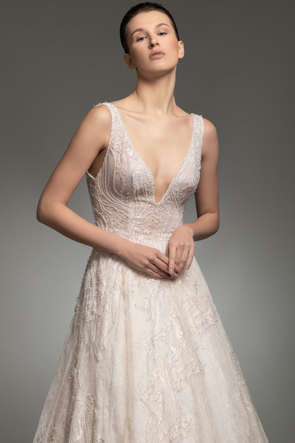 httpsapi.esposacouture.comcontentuploadsCollectionPictureYolanda-esposacouture-Kristie-romanos-Wedding-2