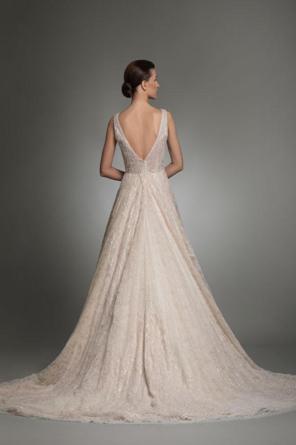httpsapi.esposacouture.comcontentuploadsCollectionPictureYolanda-esposacouture-Kristie-romanos-Wedding-3