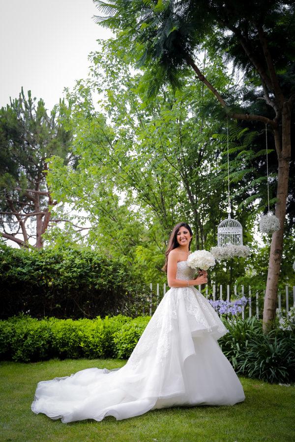 httpsapi.esposacouture.comcontentuploadsLoveStoryJoy-wedding-dress-esposacouture-esposa-prive3-2