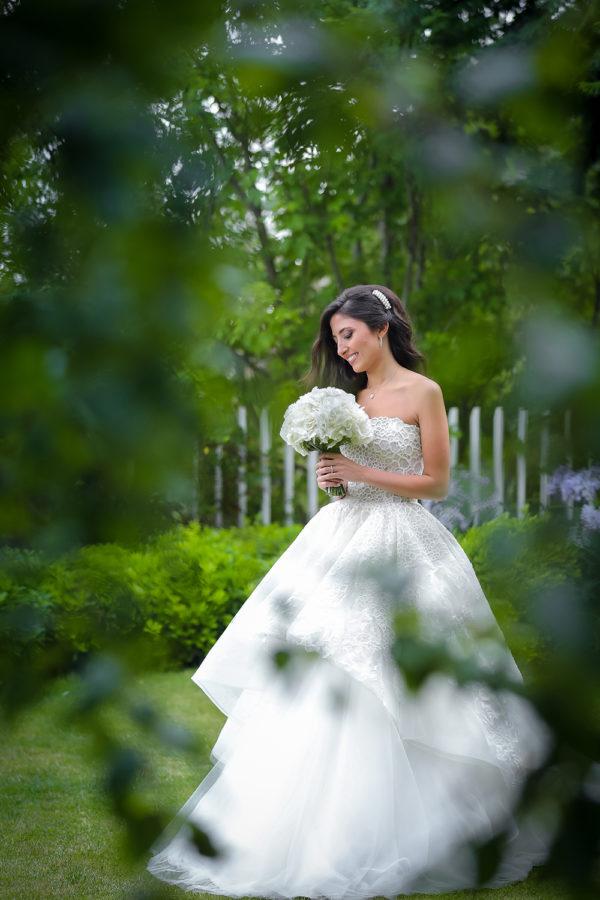 httpsapi.esposacouture.comcontentuploadsLoveStoryJoy-wedding-dress-esposacouture-esposa-prive5-2