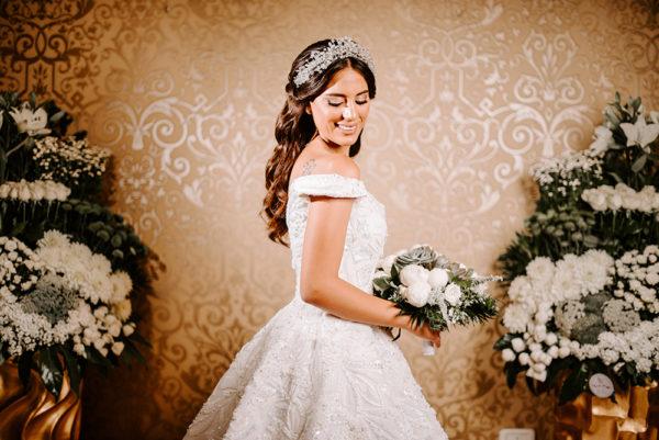 httpsapi.esposacouture.comcontentuploadsLoveStoryTania-Salem-Esposacouture-Wedding-dress1-2