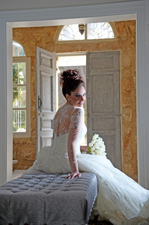httpsapi.esposacouture.comcontentuploadsLoveStoryjihane-romanos-wedding-2-2