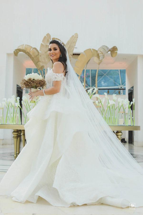 httpsapi.esposacouture.comcontentuploadsLoveStoryyasmina-kaiss-esposacouture-wedding-bridal1-2