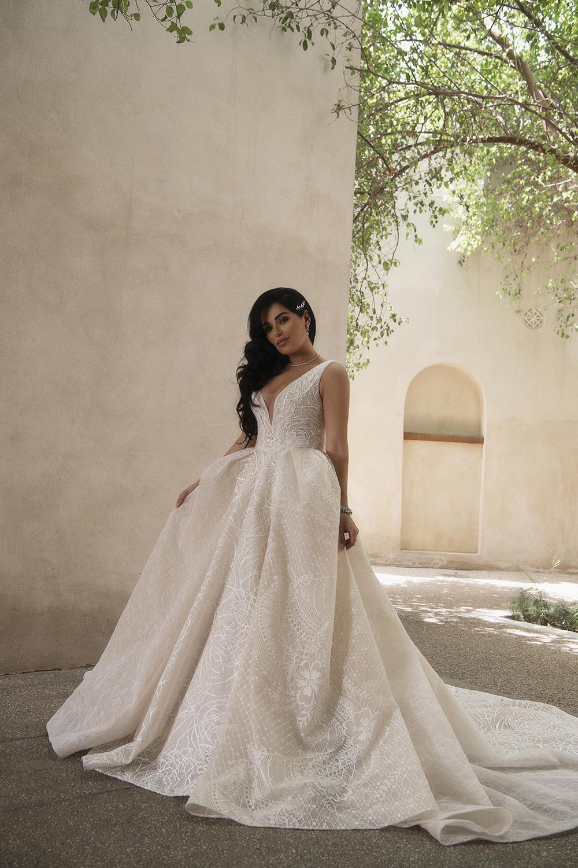 httpsapi.esposacouture.comcontentuploadsNewsmona-kattan-wedding-dress-esposa-prive10