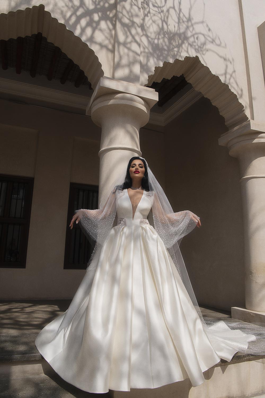 httpsapi.esposacouture.comcontentuploadsNewsmona-kattan-wedding-dress-esposa-prive6